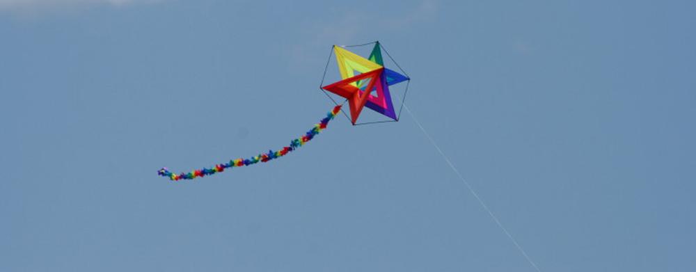 High-flying-kite-at-ocean_1